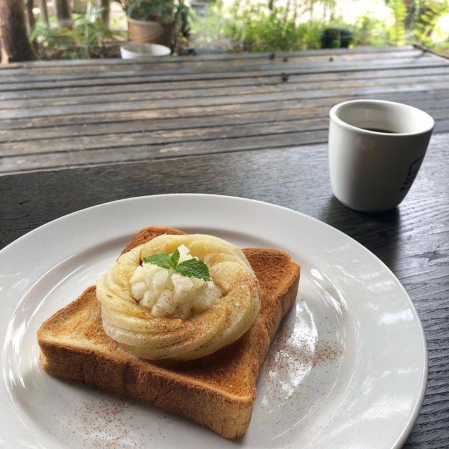 梨のトースト