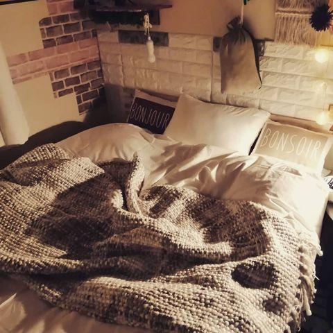 一人暮らしの寝室インテリア9