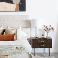 ベッド周りのおしゃれなインテリア特集。お部屋をセンスアップさせる人気アイテム
