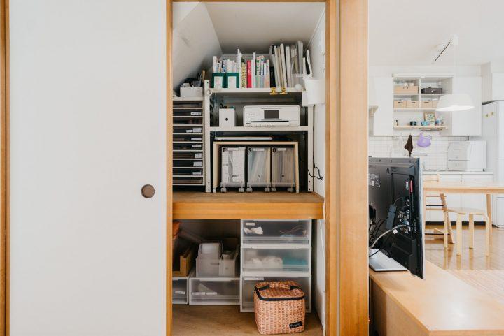 フィットする棚は、DIYで作り上げる