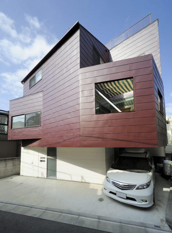 唯一無二のデザインの和モダンな外観住居