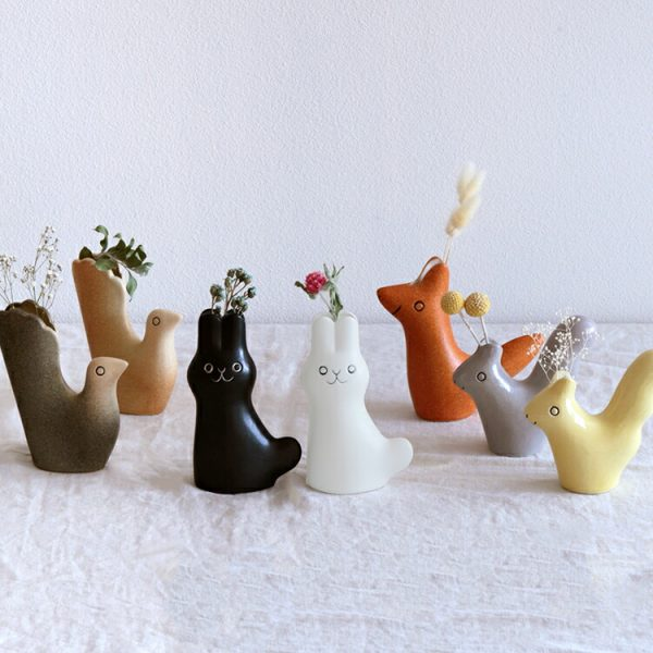 動物がかわいい花瓶