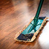 忙しい毎日の乗り切る家事の時短テク。料理・掃除・洗濯を賢くサボるコツって?
