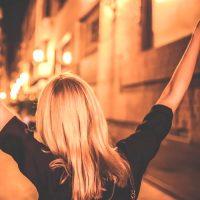 一人旅って本当に楽しいの?向いている女性の特徴や満喫できる楽しみ方をご紹介