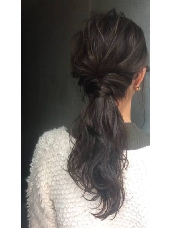 黒髪のロングヘアアレンジ