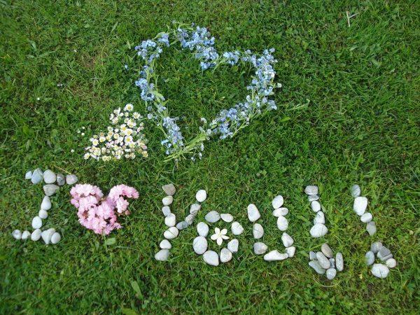 「恋愛」の意味をもつ素敵な春の花言葉