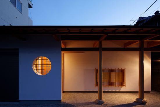 和テイストの好みの方へおすすめ玄関壁