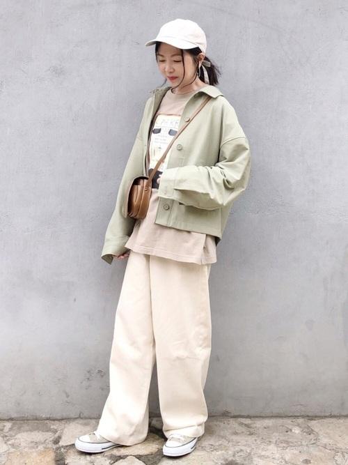 春らしいミントカラーのユニクロレディースジャケット