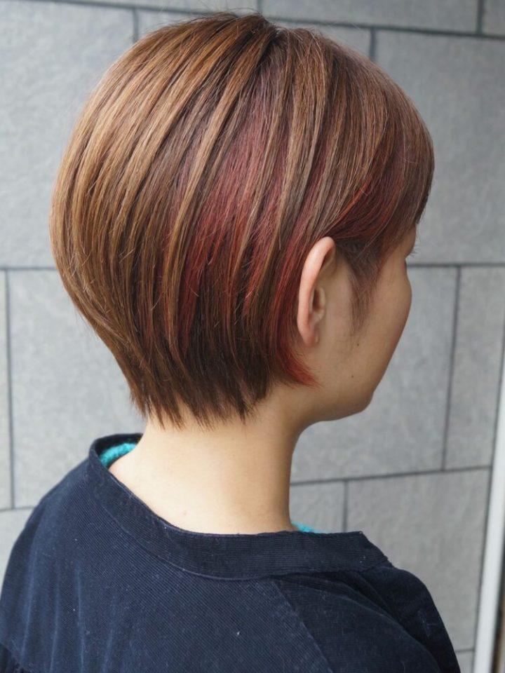 個性的な髪型にも相性◎インナーカラー