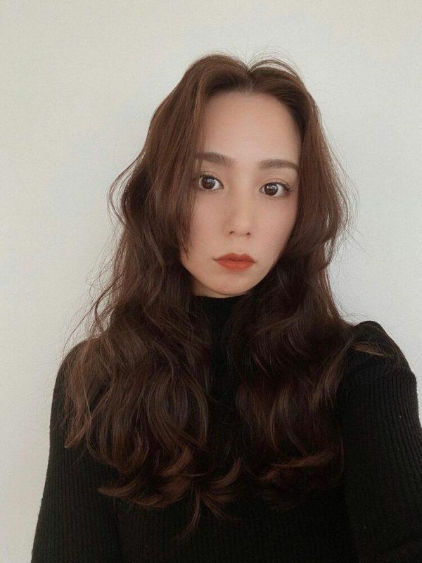 韓国式パーマ♡やわらかセミロングの髪型