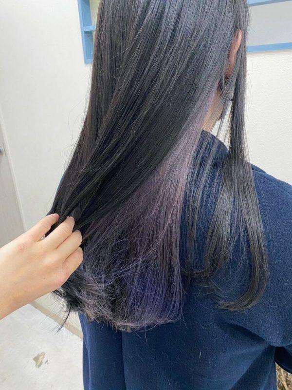 パープル系インナーカラー×黒髪ロング