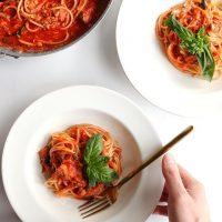 結婚記念日にぴったりのお祝い料理レシピ。おうちディナーで思い出を作ろう
