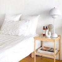 ベッドサイドにテーブルを!使い勝手とおしゃれを両立したデザインを選ぼう
