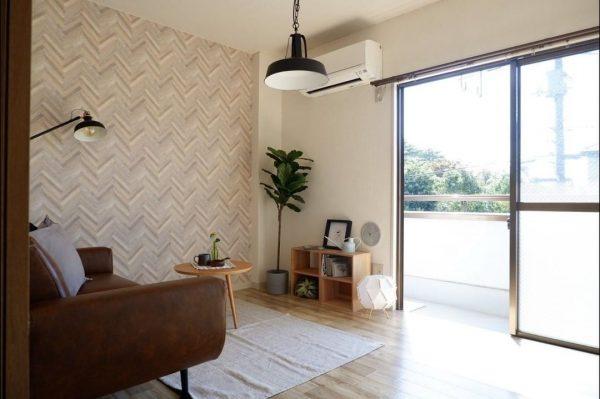 リビングを広く見せるレイアウト術:家具7