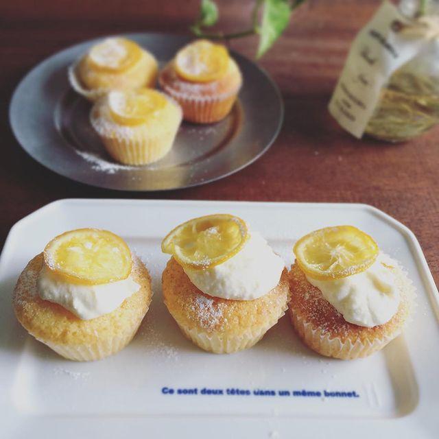 レモン、クリームチーズ、プチ、カップケーキ、焼き菓子。