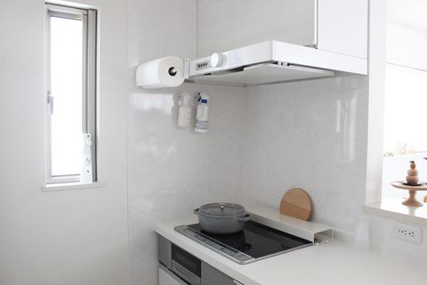 清潔感溢れる機能的なキッチン