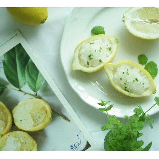 レモン、シャーベット、ミント。