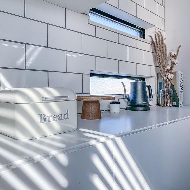 キッチンに馴染むブレッドケース