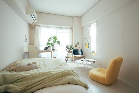 6畳のお部屋に圧迫感のない低めの家具を配置