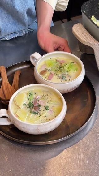 あさりとキャベツの豆乳仕立てスープ