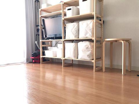 シンプルで使いやすい木製の棚
