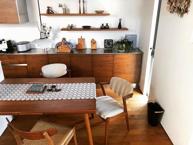 カフェライクに演出できるテーブルランナー
