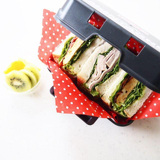 コンテナ風サンドイッチケース