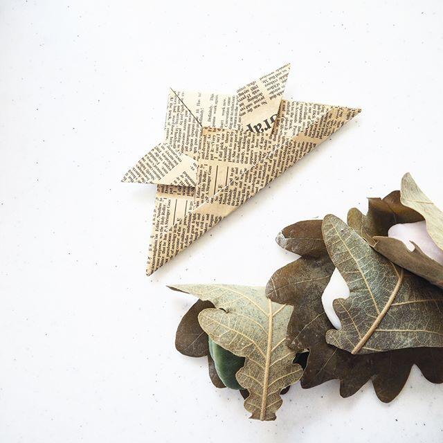 英字プリントの折り紙で作る平面かぶと