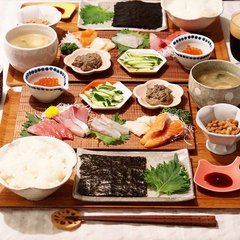 いくらでプチプチ食感が楽しい手巻き寿司に!