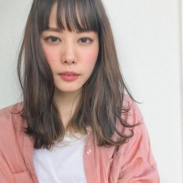 ぱっつん前髪×清楚系ミディアム