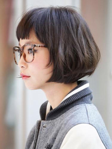 大人女子向けの短め前髪×ボブ14