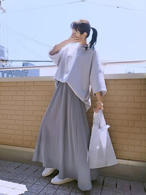 [reca] サテンフレアスカート