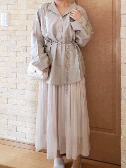 ユニクロの白プリーツスカート⑤