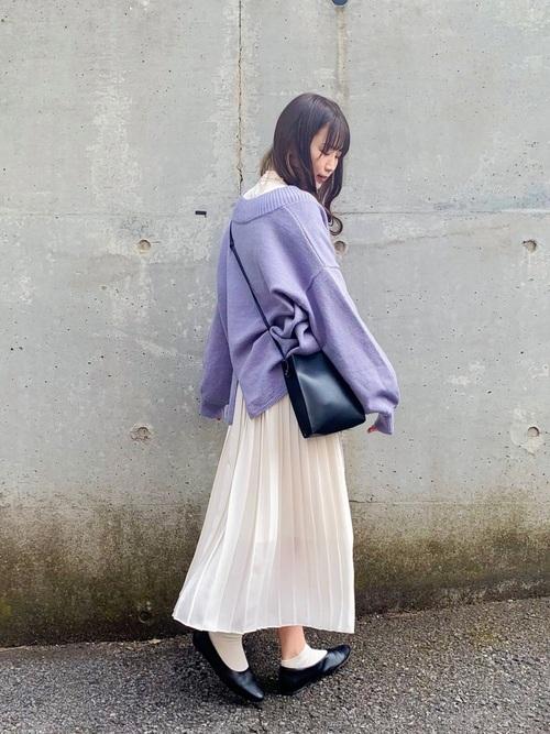 ユニクロの白プリーツスカート④