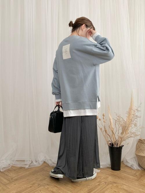 GUのサテンマーメイドフレアスカート