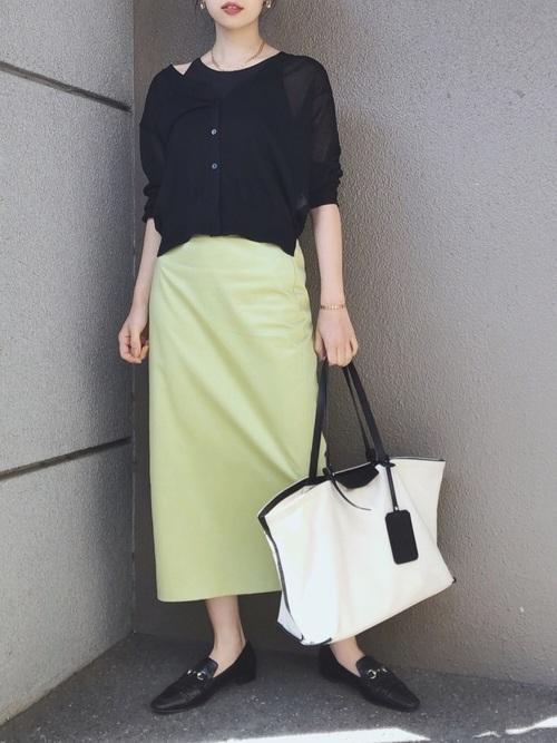 GUのナローミディスカート