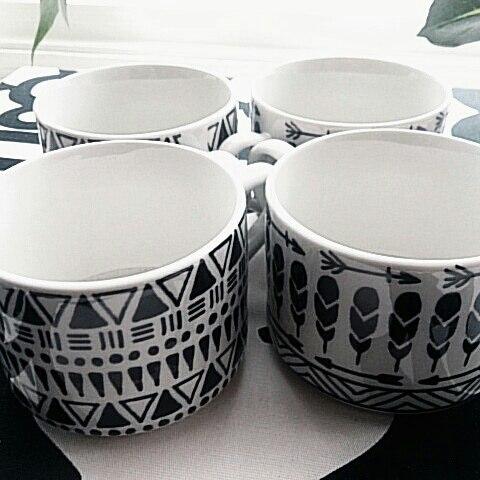 ボヘミアカップを使った立てる収納