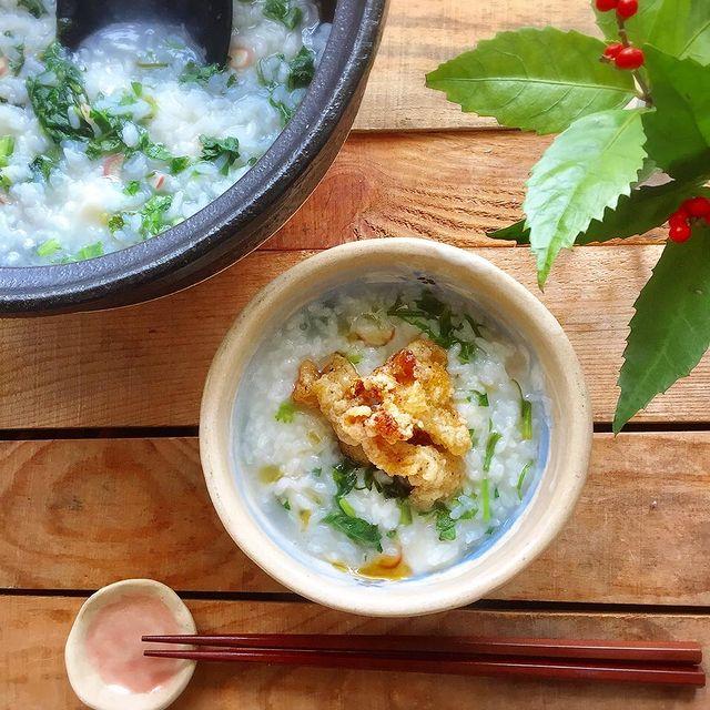 鶏皮唐揚げトッピング×中華風七草粥レシピ