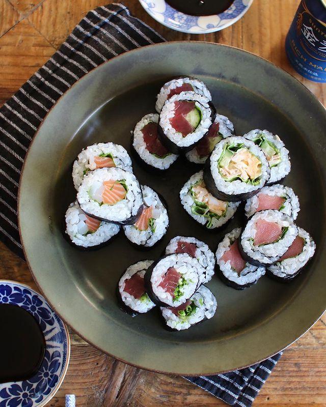 子供が喜ぶ主食♪レタス入り巻き寿司レシピ