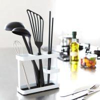 「おたま」のすっきり収納アイデア集。よく使うキッチンツールこそ使いやすく