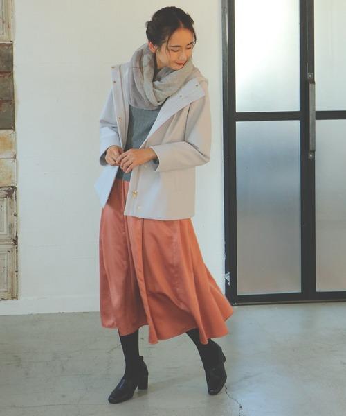 サテン切り替えロングスカート