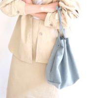 巾着バッグでトレンドコーデに。2021春の大人かわいいファッション集めました