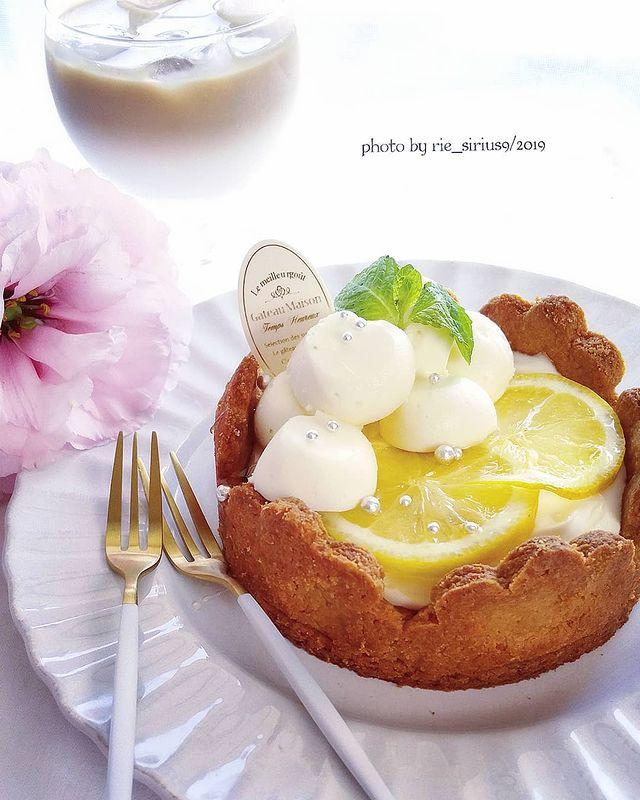 クリームチーズのはちみつレモンケーキ