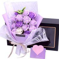 本当におすすめ「母への古希祝いプレゼント」20選。贈り物で感謝の気持ちを伝えよう