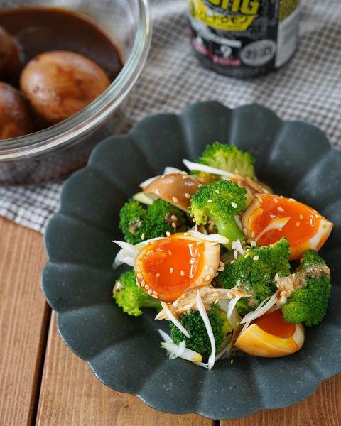 ブロッコリーと半熟卵の中華風サラダ