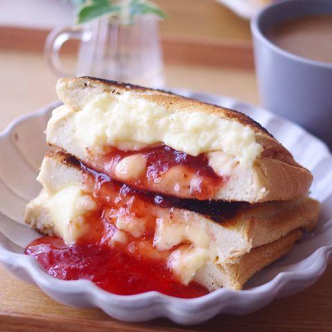 レンジで簡単チーズカスタードサンド