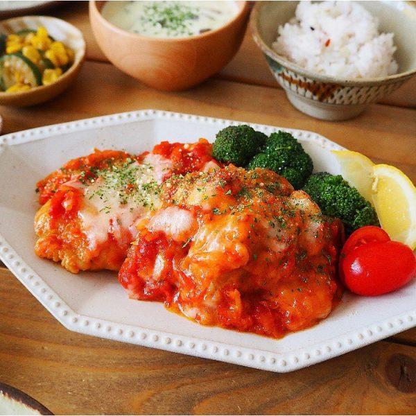 トマトチーズ味が美味しい!チキンステーキ