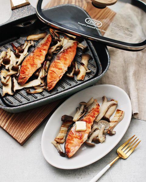 焼き鮭のきのこグリル