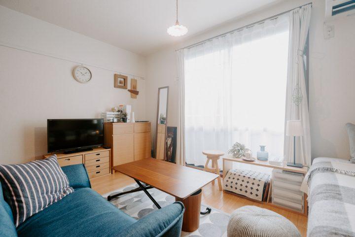 アクセントになる家具を置いたセンスの良い部屋