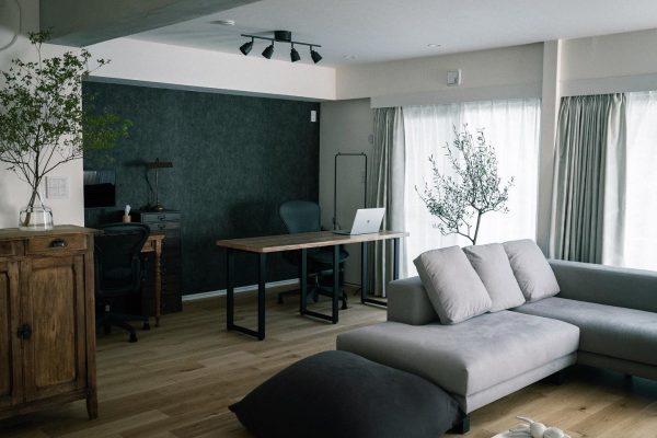 広々とした和室のホームオフィス実例